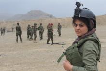 Ung kvinnlig journalist i Afghanistan får Per Anger-priset