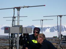 Montering av MARA-radarn på Antarktis