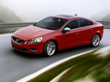 Volvo S60 och V60 R-Design - en ännu mer vässad och spännande körupplevelse