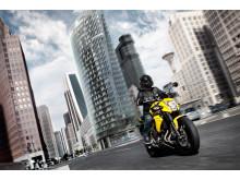 Kawasaki 2012 års ER-6n Actionbild