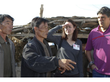 Ulrika Årehed Kågström besöker by i södra Nordkorea