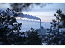 Kraftvärmeverket i Västerås i vinterskrud