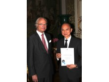H.M. King Carl XVI Gustaf and Dato´ Professor Jimmy Choo OBE