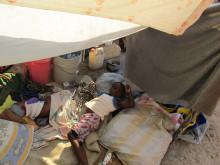 ActionAid delar ut förnödenheter i Mariani-området, Port-au-Prince