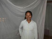 Ett myggnät i julklapp till en familj i Vietnam