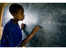 Flickor går i skolan tack vare flicktoaletter