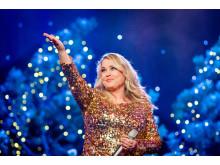 Helene Bøksle stiller opp med årets julelåt for Frelsesarmeen og deltok også under Håp i ei gryte. Foto: Kristianne Marøy/Krigsropet/Frelsesarmeen