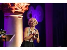 Petra Marklund, konferencier SKAP:s vårfest 2014