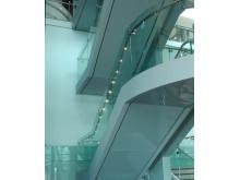 Fox Design presenterar HLS ledstång- och trappbelysning med LED på Dublin Airport. Bild 2