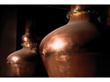 Gotland Whiskys vackra kopparpannor