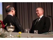 Bezirksapostel Armin Brinkmann bei der Inruhesetzung