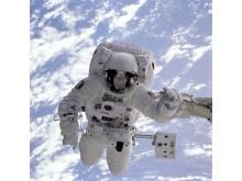 Astronaut im Weltall