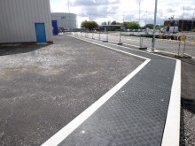Custom Fibrelite GRP trench covers were installed at Lindley Oil Rafinery