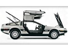 delorean-dmc-12--delorean-bilen-som-floppade-men-gjorde-succ-i-filmen-tillbaka-till-framtiden--vvsas-som-modell-i-utstllningen_41677533832_o