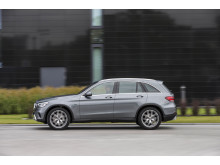 Mercedes-Benz Laddhybrid-GLC 300e 4MATIC-02
