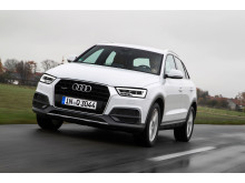 Audi Q3 white front left side