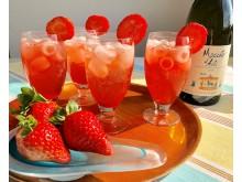 Sparkling Strawberry med Gianni Doglia Moscato d´Asti 2018