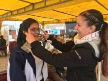 16 åriga Nayele som fick hjälp av Lizzy Kaill under Optiker utan gränser hjälpresa till Peru 2017.