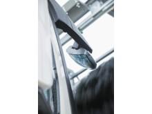 Med extra spegelprogram blir det enkelt att rengöra runt både döda vinkel-speglar fram på lastbilar och vidvinkelspeglar på bussar.
