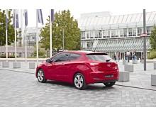 Tre-dørs Hyundai i30