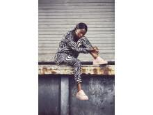Sabina Ddumba för Sneakers Corner by Scorett
