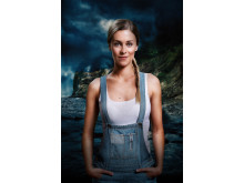 Ester Uddén som Agnes i Svartsjön 2