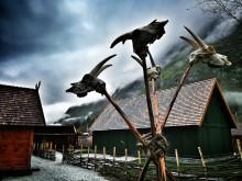 Das Wikingerdorf Njardarheimr: Heidnisches Leben in Fjordnorwegens Zivilisation
