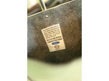 Ford viser setetrekk på catwalken:  Designere skapte moteklær  fra resirkulerte setetrekk