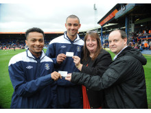 Luton Town Cedars Youth Team players meet London Midland staff