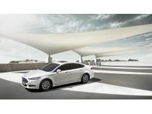 Nye Ford Mondeo i hybrid-versjon