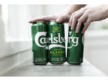 Hands snapping cans