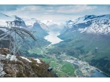 Der Loen Skylift ist eines der Highlights am Nordfjord