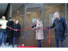 Ordfører Lisbeth Hammer Krog åpner sykkelhotellet ved Sandvika stasjon 6. mars 2017