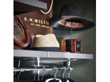 Elfa-decor-closet-interior-bedroom-décor-shelf-3f_HIRES-high300_jpg