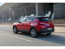 Opel-Grandland-X-Hybrid4-506691