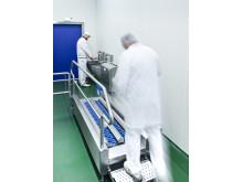Dyson Airblade Tap Händetrockner in Hygieneschleuse Rügenwalder Mühle