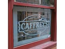 Fönsterdekor Cafferys