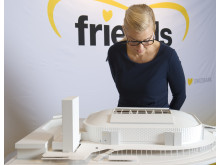 Sara Damber presenterar Friends Arena