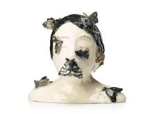 KLARA KRISTALOVA, skulptur, glaserat stengods, signerad K. Kristalova och daterad -04.