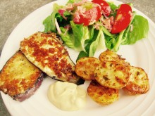 Rostad potatis med panerad aubergine
