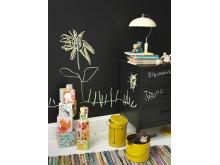 Skoltavelfärg på väggen och möbler, Beckers