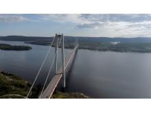 Flygbild Högakustenbron - en av världens längsta hängbroar