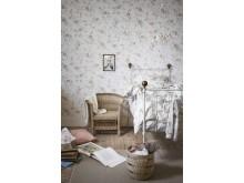 Newbie Wallpaper - Rose Garden
