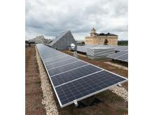 Grönt tak med solceller på KTH 43:25