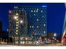 AccorHotels mit Hoteldoppel stark am Hauptbahnhof vertreten: Novotel und ibis eröffneten im neuen Quartier Belvedere in Wien