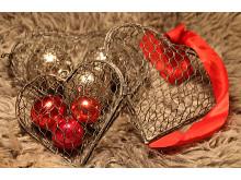 Hjärtan av hönsnät set om 3 st med röda kulor