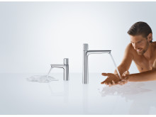 Hansgrohe_Talis_Select_E_ComfortZone_People