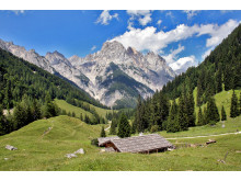 Spektakulärt bergslandskap i nationalparken Berchtesgaden