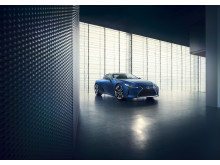 Ny hybriddrivlina ger Lexus supersportprestanda