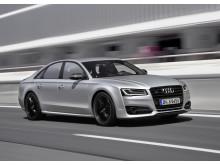 Audi S8 plus i Florett Silver matt dynamic